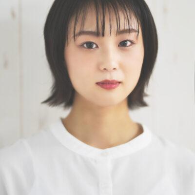 Azusa Miyamoto 【宮本 梓】